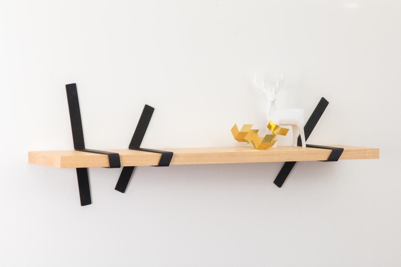 Straps Shelf Original with black straps by STRAFF Design